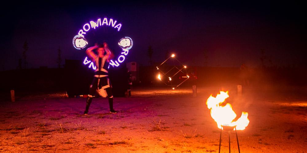 Oheň a nápisy martina.
