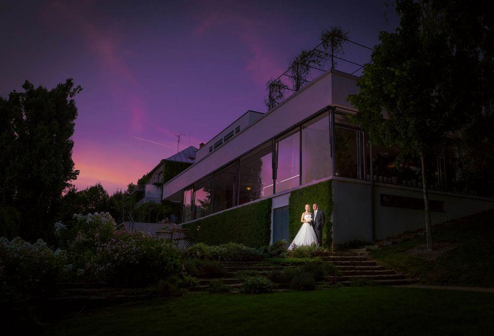 Novomanželé u Villy Tugendhat