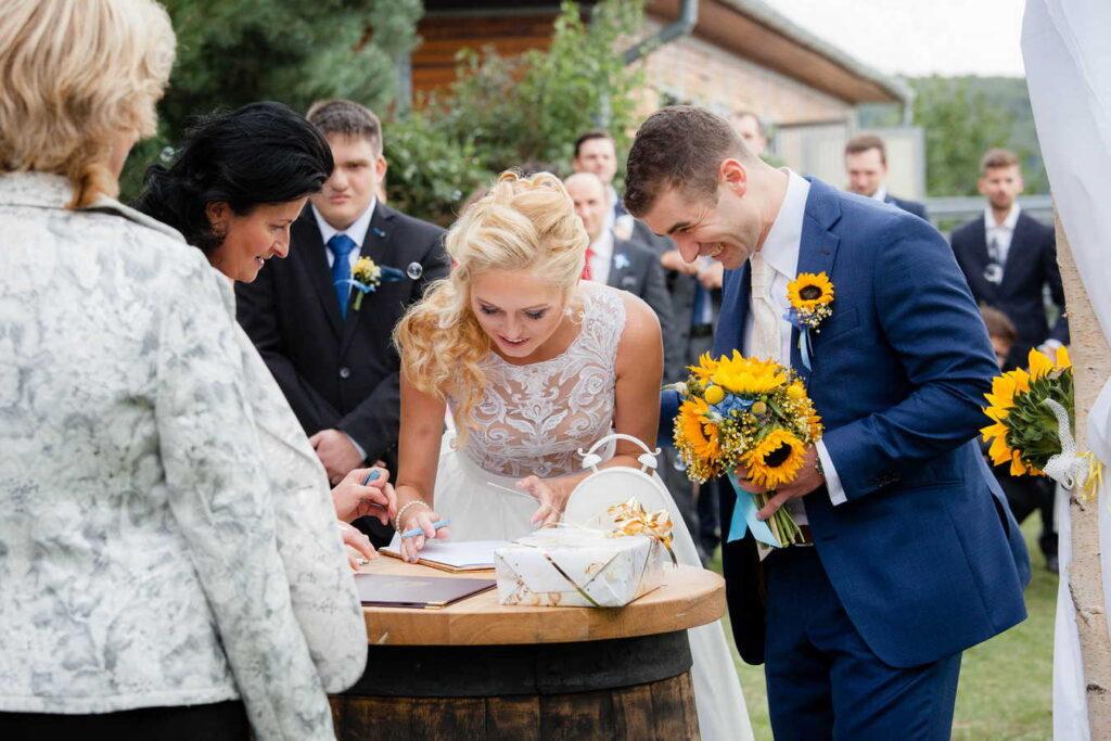 svatebni-fotograf-praha-svatba-ranc-kostelany-208