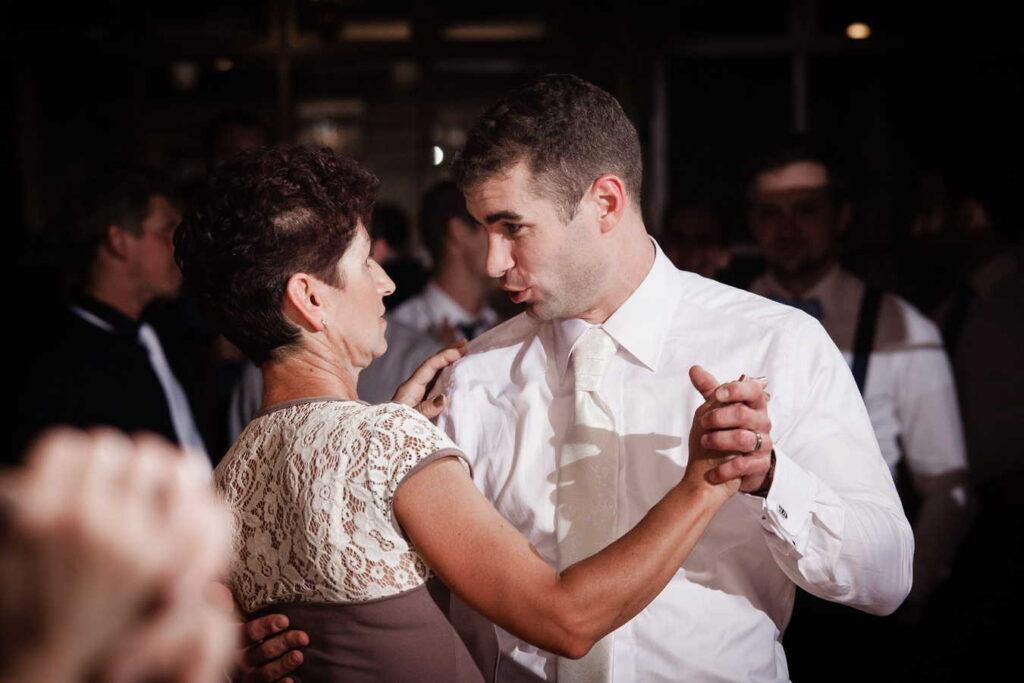 svatebni-fotograf-praha-svatba-ranc-kostelany-680
