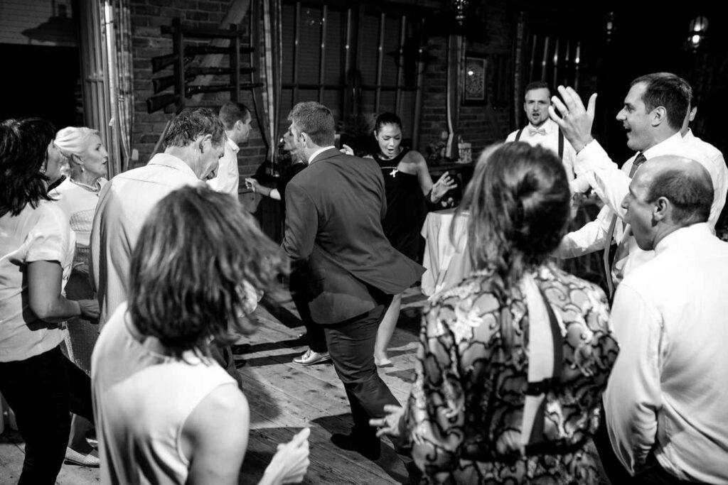 svatebni-fotograf-praha-svatba-ranc-kostelany-755